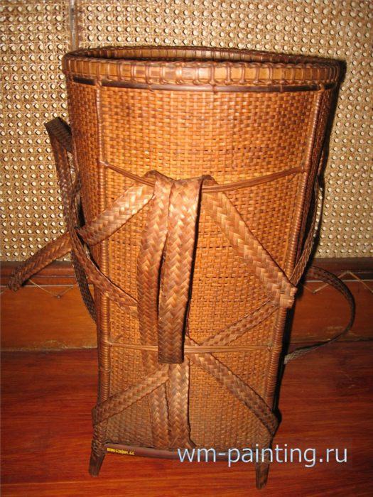 Музей города Дананг - Плетеная заплечная корзинка. Народность Бхнунг. Район Фуонг Сон провинции Куанг Нам.