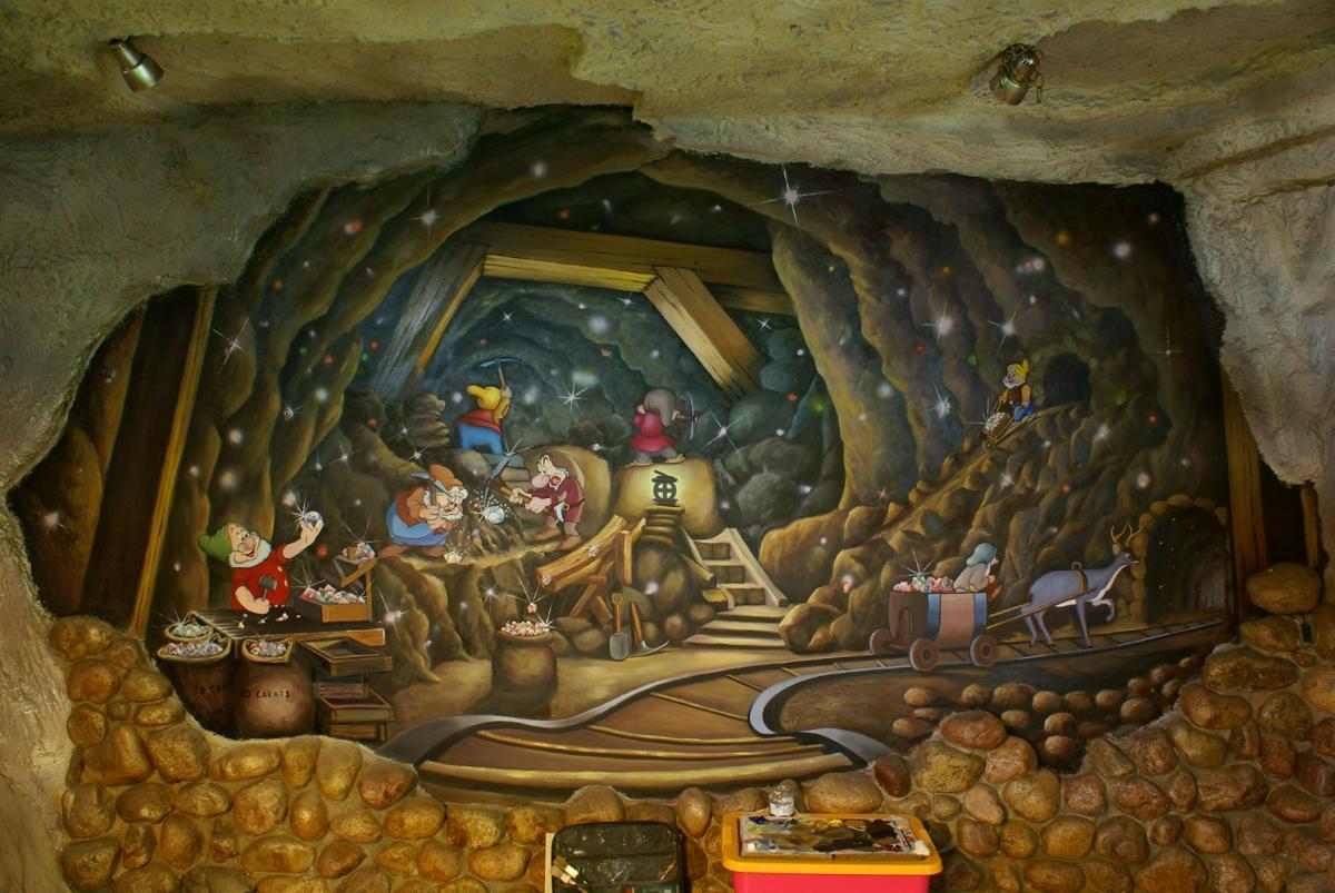 """роспись стен """"Белоснежка и семь гномов"""" (мультфильм) :: Харитон Купрашвили - Роспись стен и декоративно-прикладное искусство фото"""