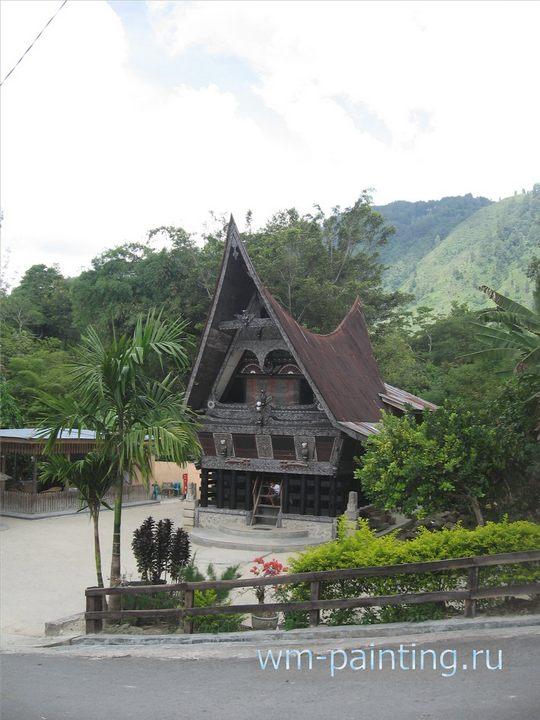 Общий вид на здание музея – типичный деревенский дом батаков.