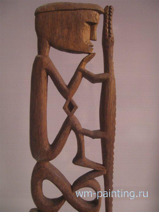 Деревянная статуэтка. Западный Папуа - Национальный музей истории и культуры Индонезии.