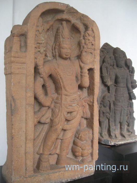 Нагараджа. Анурадхапура. VIII век. - Коломбо. Национальный Музей, Шри-Ланка.