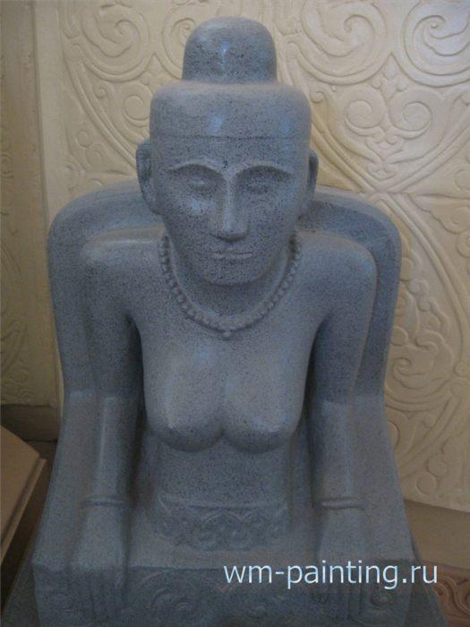 Королева По Биа Сом, жена короля По Клонг Мохнай. Статуя из песчаника. XVII в.