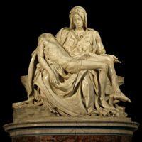 Скульптура Пьета (Pieta) Микеланджело в Соборе Святого Петра (St. Peter's Basilica)(1498–1499)