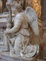Статуя Ангела (Angel), ранняя работа Микеланджело (1494–1495)